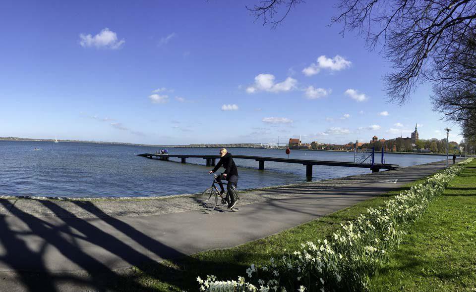 Blick auf die Hansestadt Stralsund und die Rügenbrücke